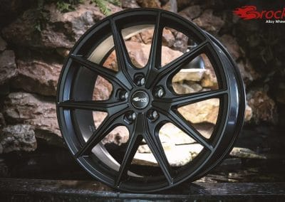 Original wheel pictures of the Brock B40 in Satin Black Matt