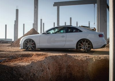 20 Zoll Alufelgen Brock B42 für den Audi A5 in Schwarz Poliert