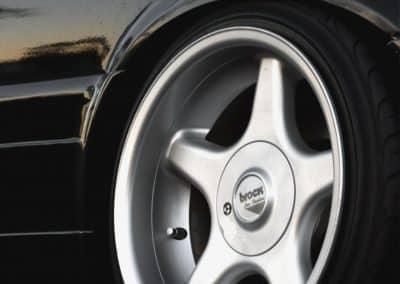 Brock B1 Alufelgen auf einem BMW 3er E30 in 9.0x16